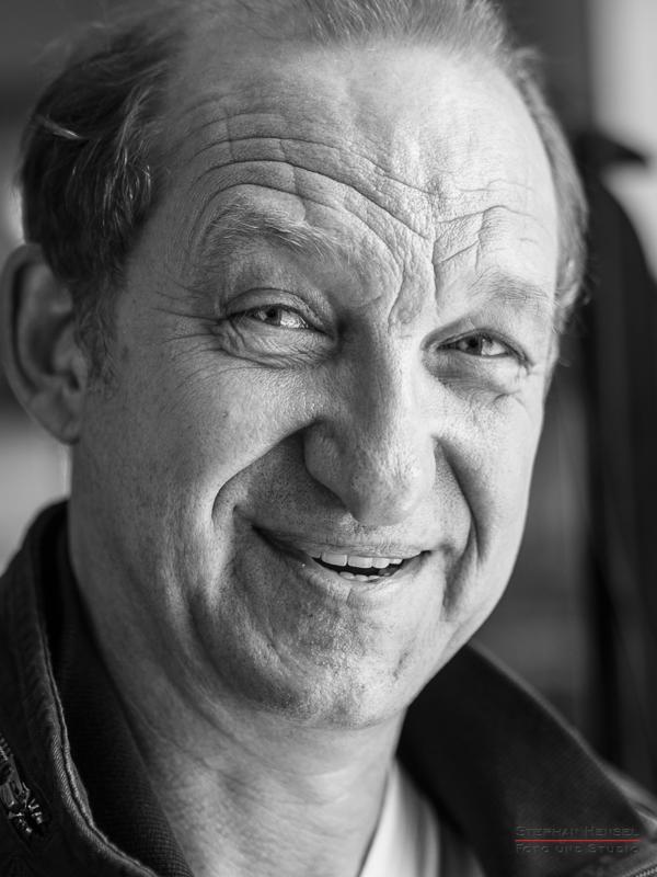 Peter Heinrich Brix im Studio bei Stephan Hensel, Portraitfotograf: Stephan Hensel