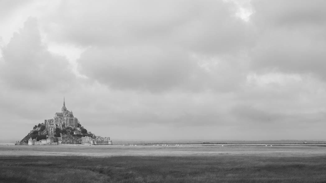 Le Mont Saint-Michel et sa passerelle