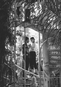 stephanie_green_wedding_photography_sula_olly_engagement_kew_gardens-12