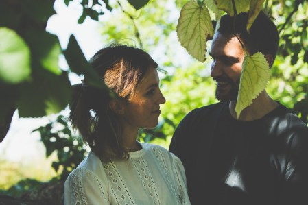 stephanie_green_wedding_photography_sula_olly_engagement_kew_gardens-27