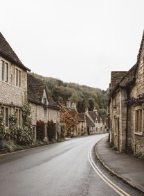 stephanie-green-wedding-photographer-castle-combe-chippenham-cotswolds-old-england-english-village-11