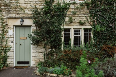 stephanie-green-wedding-photographer-castle-combe-chippenham-cotswolds-old-england-english-village-5