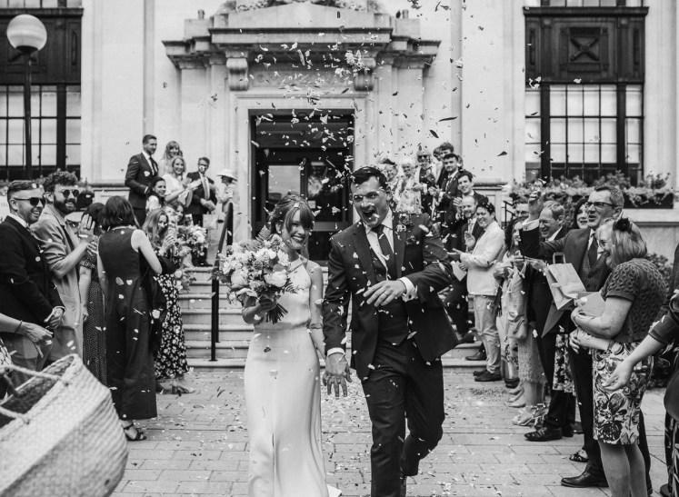 stephanie-green-wedding-photography-amy-tom-islington-town-hall-wedding-depot-n7-industrial-chic-pub-373
