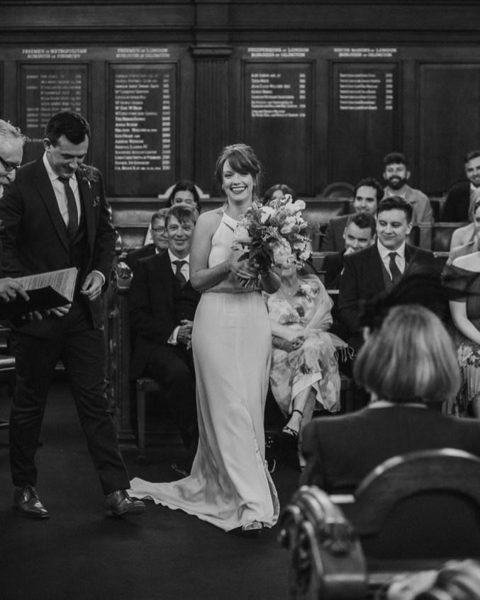 stephanie-green-wedding-photography-amy-tom-islington-town-hall-wedding-depot-n7-industrial-chic-pub-550
