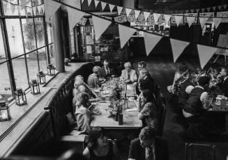 stephanie-green-wedding-photography-amy-tom-islington-town-hall-wedding-depot-n7-industrial-chic-pub-710