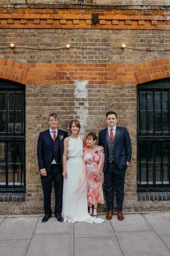 stephanie-green-wedding-photography-amy-tom-islington-town-hall-wedding-depot-n7-industrial-chic-pub-801