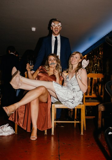 stephanie-green-wedding-photography-amy-tom-islington-town-hall-wedding-depot-n7-industrial-chic-pub-888