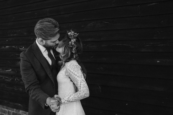 boho-wedding-bonhams-barn-blank-canvas-events-festival-outdoor-stephanie-green-weddings-alton-hampshire-574