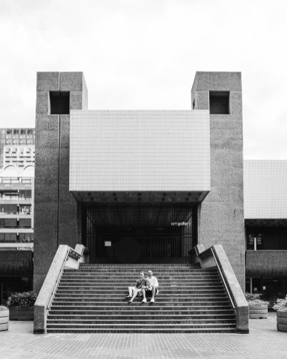 stephanie-green-weddings-london-barbican-photographer-couples-shoot-engagement-lgbtq-gay-modern-luxury-23