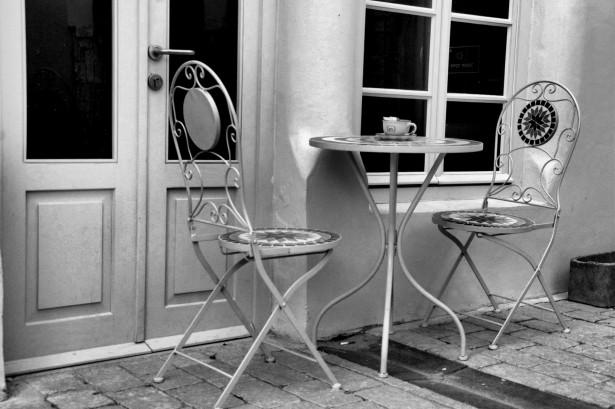 elegant-coffee-shop