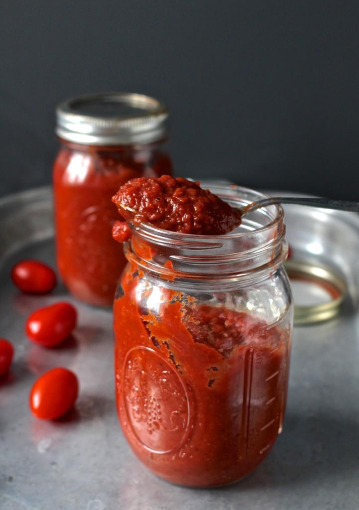 http://www.jaysbakingmecrazy.com/2015/04/07/paleo-whole30-ketchup/
