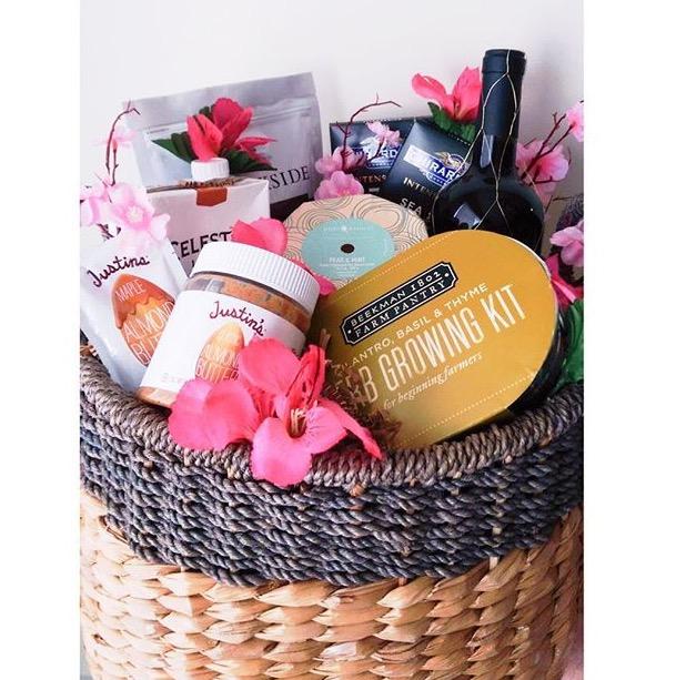 Easter Basket Stephanie-spring.com
