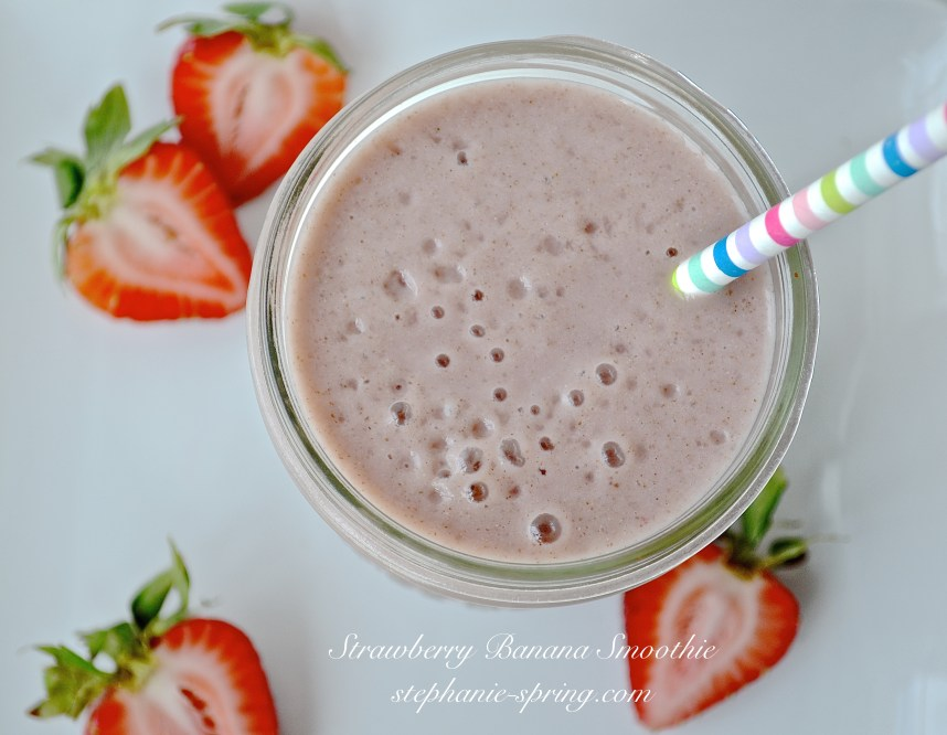 Strawberry Banana Smoothie-- Recipe at: stephanie-spring.com