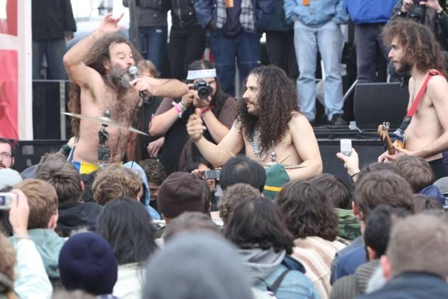 Monotonix in the Crowd @ Treasure Island 2010