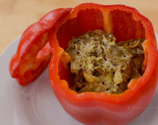 stuffed-pepper-curry-spice-onions-gluten-free-breakfast-sausage-parmesean-cheese-white-plate-ottawa-food-blogger-photographer, low carb stuffed peppers