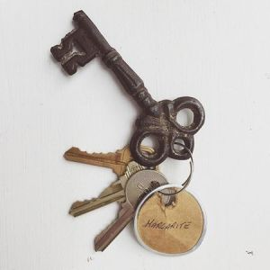 365 days of happy project - day 156 - stephanie de montigny - wedding honeymoon old vintage keys