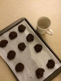 Biscuits et lait sans danger! (par Eve Anabelle Saintonge)