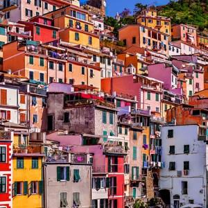 riomaggiore-cinque-terre-italy-colorful-wall-print-stephanie-janett