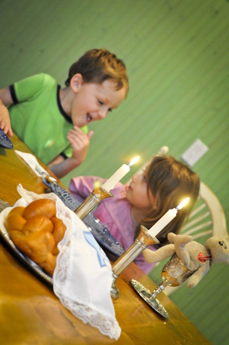 Shabbat with Kids