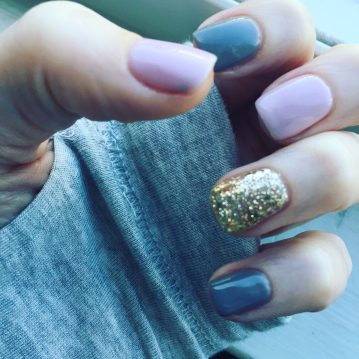 squoval nails in pale pink, gray and champagne