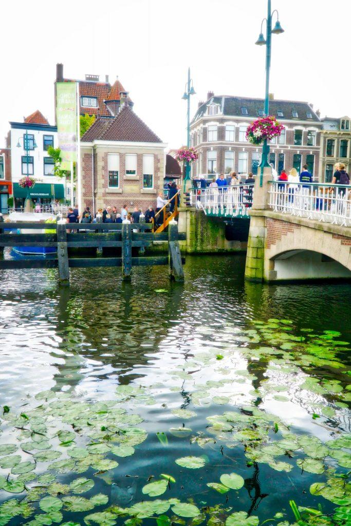 leiden-canal