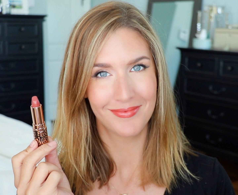 Charlotte Tilbury Hot Lips 2 Glowing Jen Lip Swatch