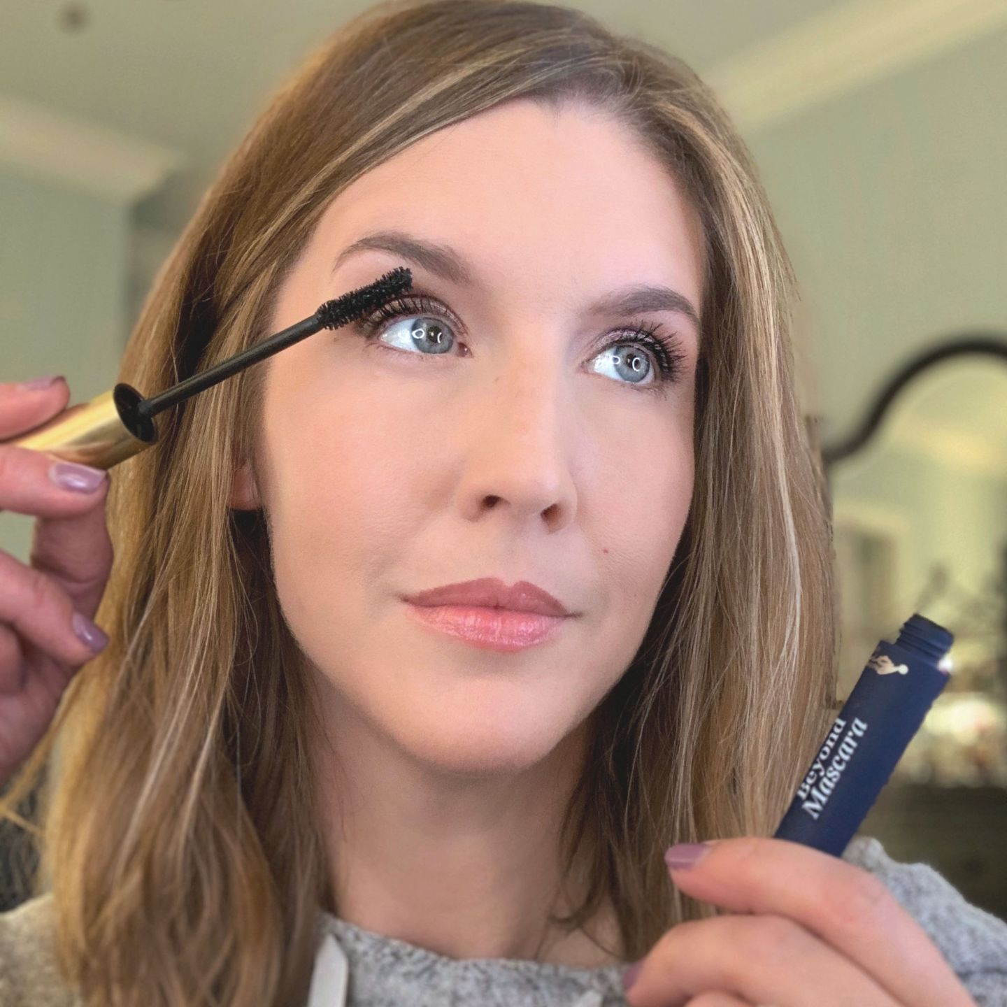 City Beauty Beyond Mascara Demo on sparse lashes