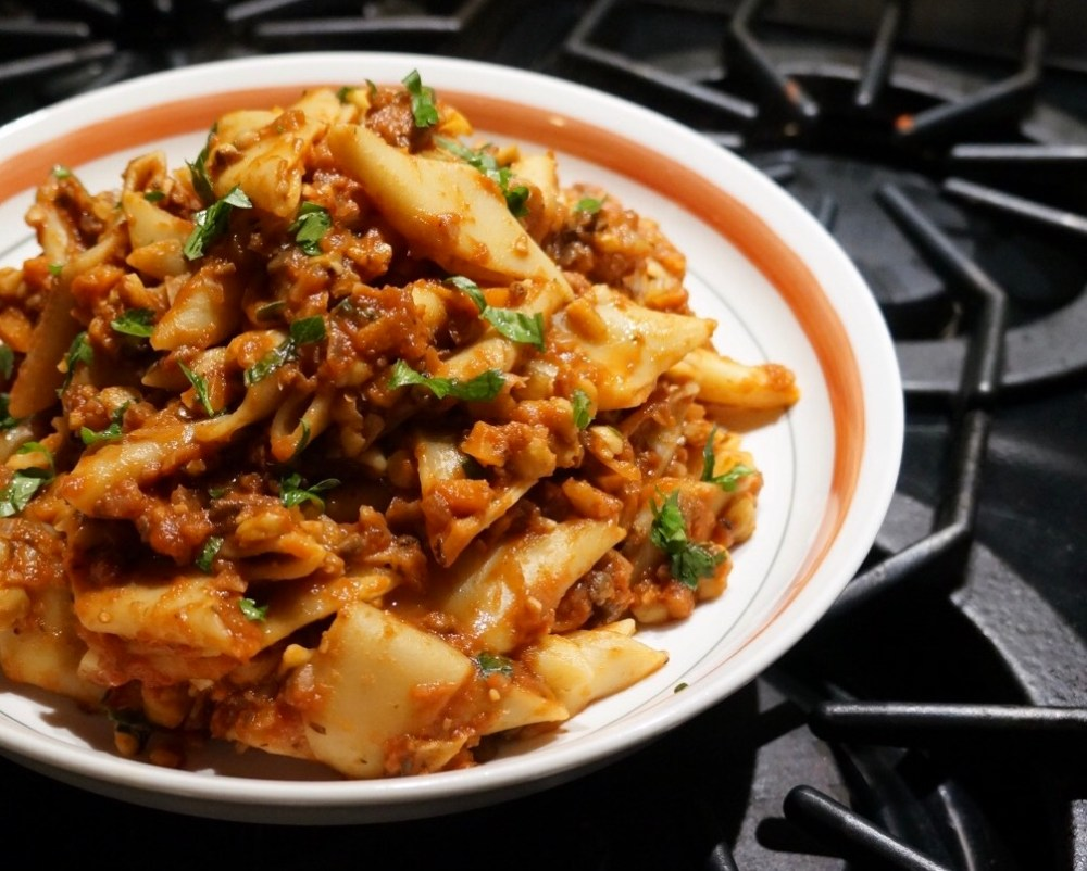 chickpea-bolognese-and-pasta-glam