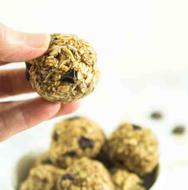No Bake Dark Chocolate Almond Butter Energy Bites