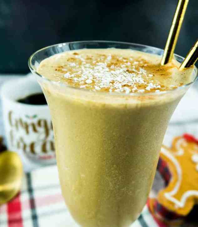 Healthy Gingerbread Breakfast Smoothie