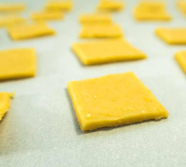 Homemade Cheddar Cheese Crackers (Gluten Free)