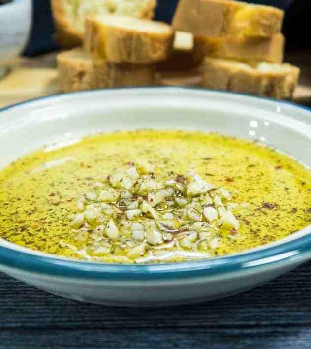 Easy Garlic Lovers Dipping Oil (Vegan & Paleo)