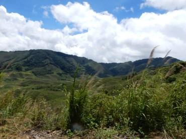 laos-vangvieng-landscape-1