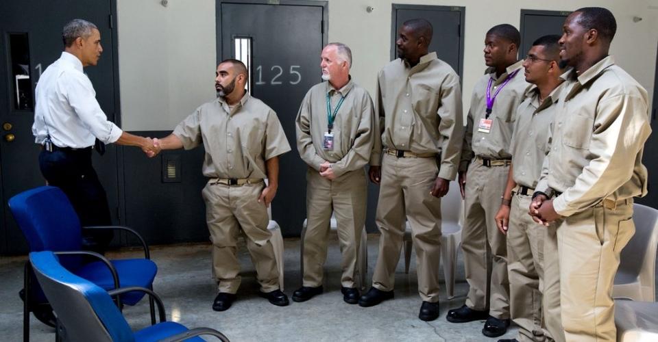 obama greets prisoners