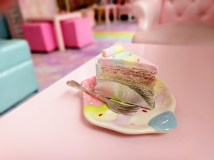 Bangkok (Unicorn Cafe): rainbow crepe cake