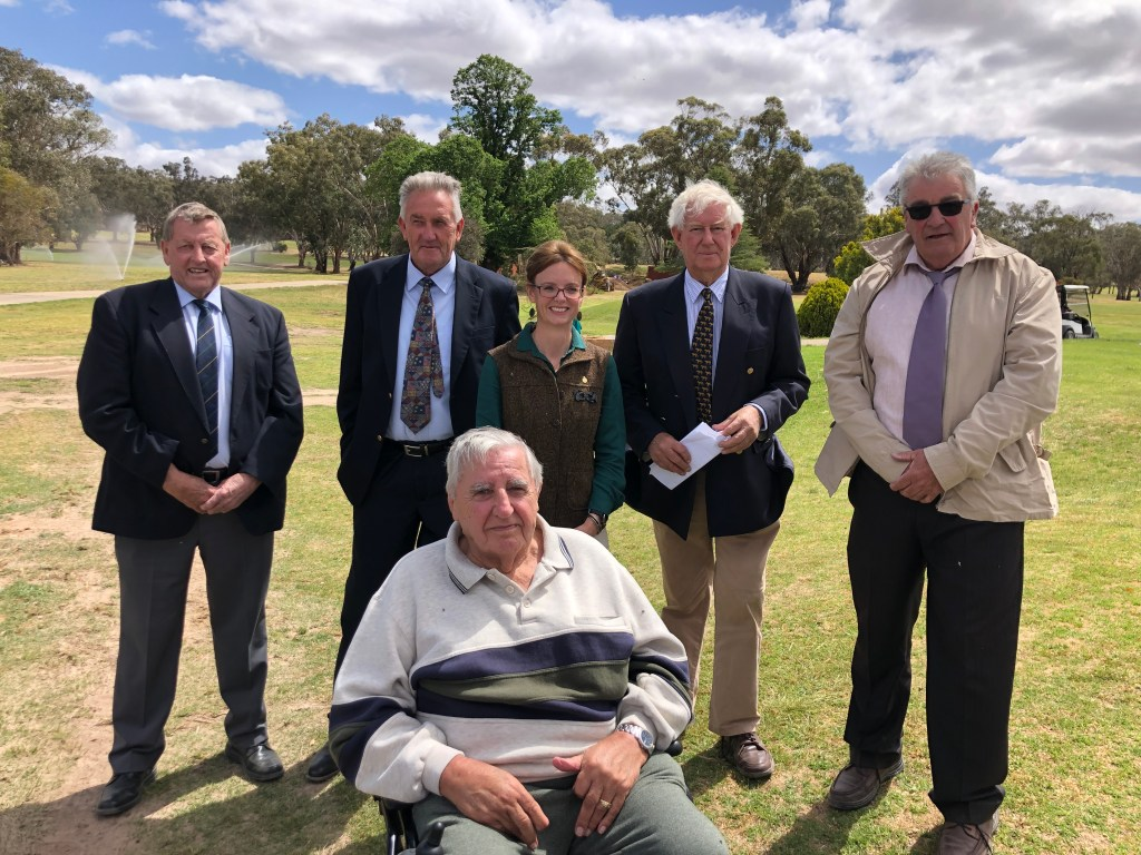 Member for Cootamundra with community representatives at the official opening of the newly-upgraded Cootamundra Country Club.