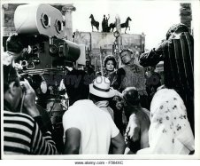 1968-filming-the-fall-of-the-roman-empire-in-madrid-a-vast-set-had-f564xc