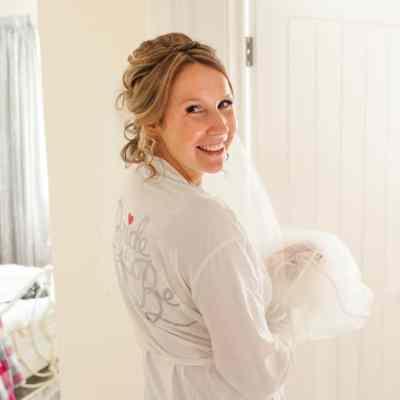 Norfolk wedding photographer – bride in dressing gown