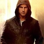 Tom Cruise paid
