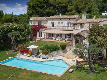 Cannes house