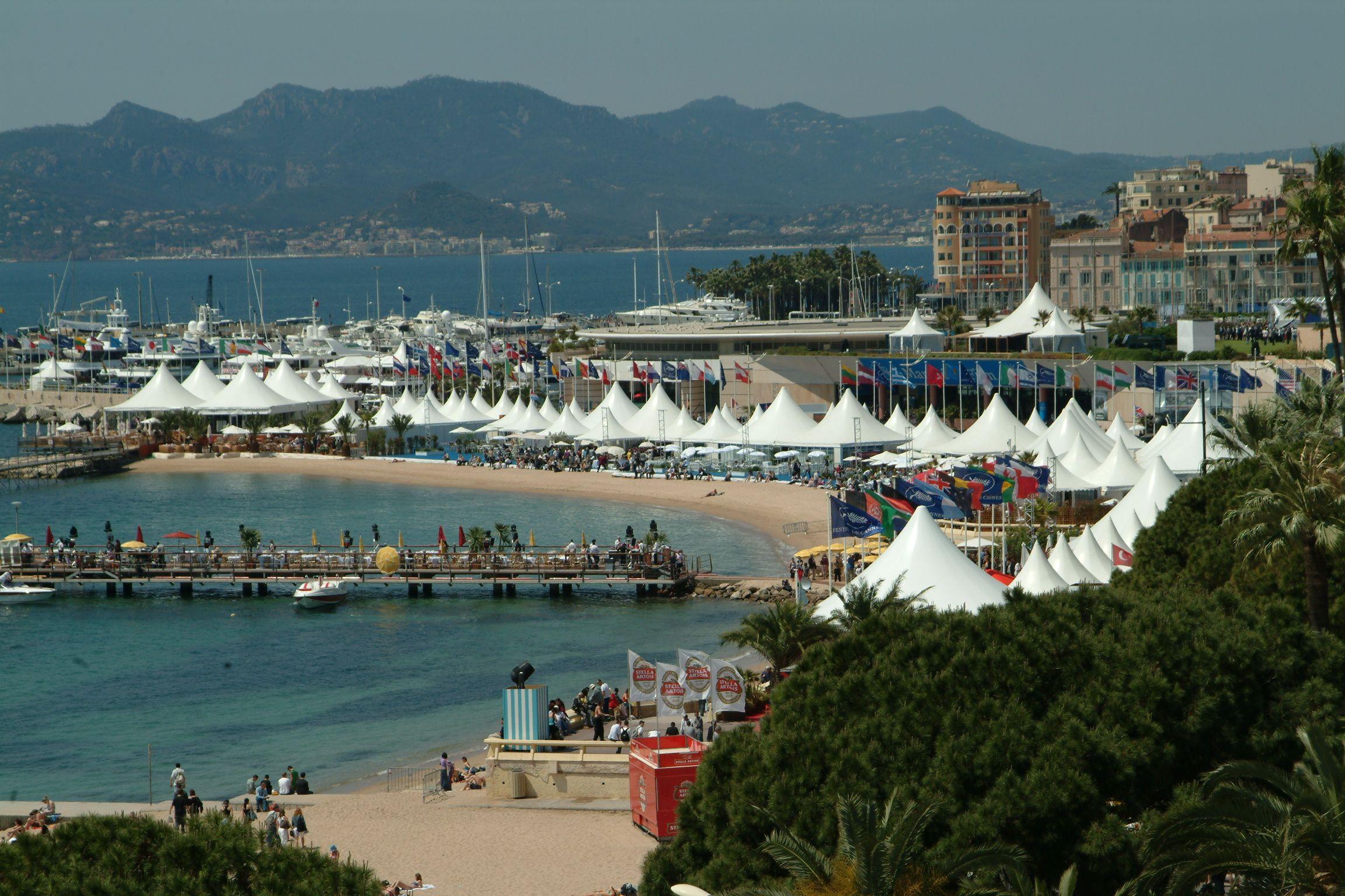Cannes village