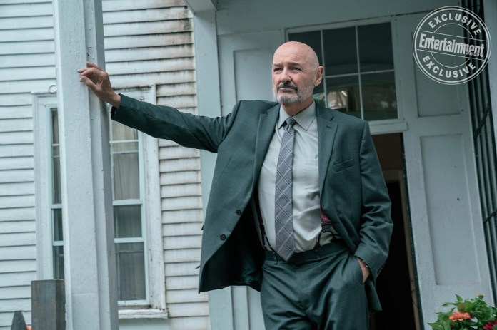 castle rock Dale Lacy (Terry O'Quinn)