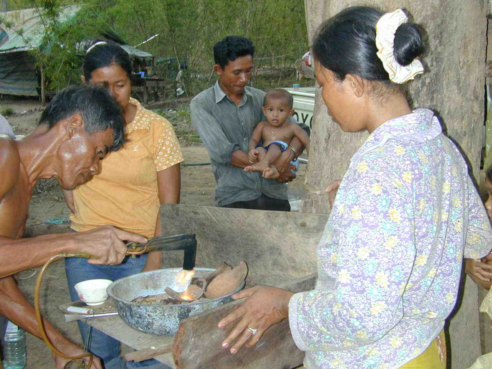 dangers-of-small-scale-gold-mining-thailand-photo-by-tom-murphy-and-blacksmith-institute-sml