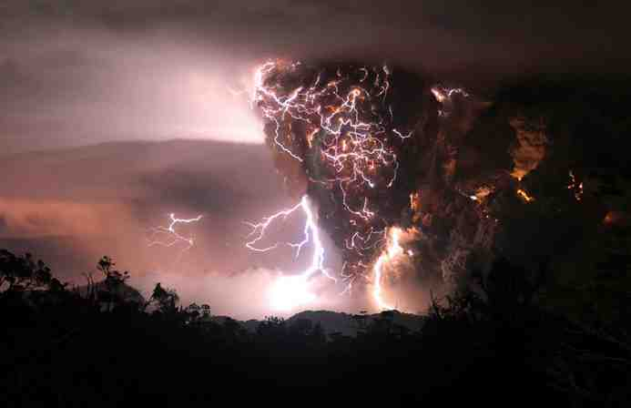 chilee28094the-fury-of-chaiten-volcano-nat-geo