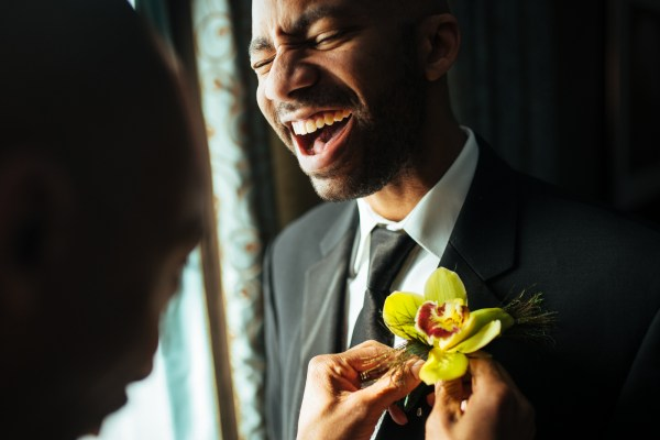 Boutonniere pinning Vetro NYC - Stephen Tang Photo