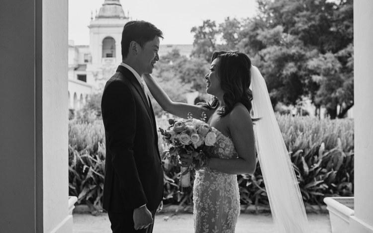 wedding first look pasadena city hall black & white
