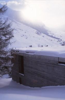 Therme Vals, Switzerland - Peter Zumthor 04_Stephen Varady photo ©