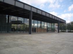 Neue Nationalgallerie, Berlin - Mies van der Rohe 03_Stephen Varady photo ©