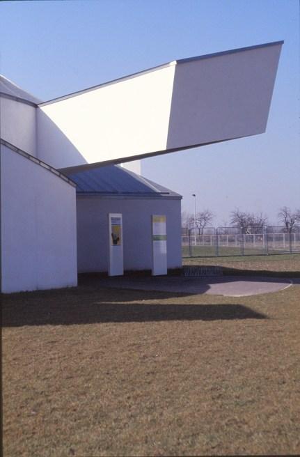 Vitra Design Museum by Frank Gehry 27_Stephen Varady Photo ©