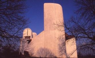ronchamp-chapel-by-le-corbusier-38_stephen-varady-photo